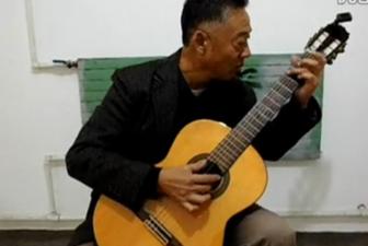 美丽的神话指弹吉他谱